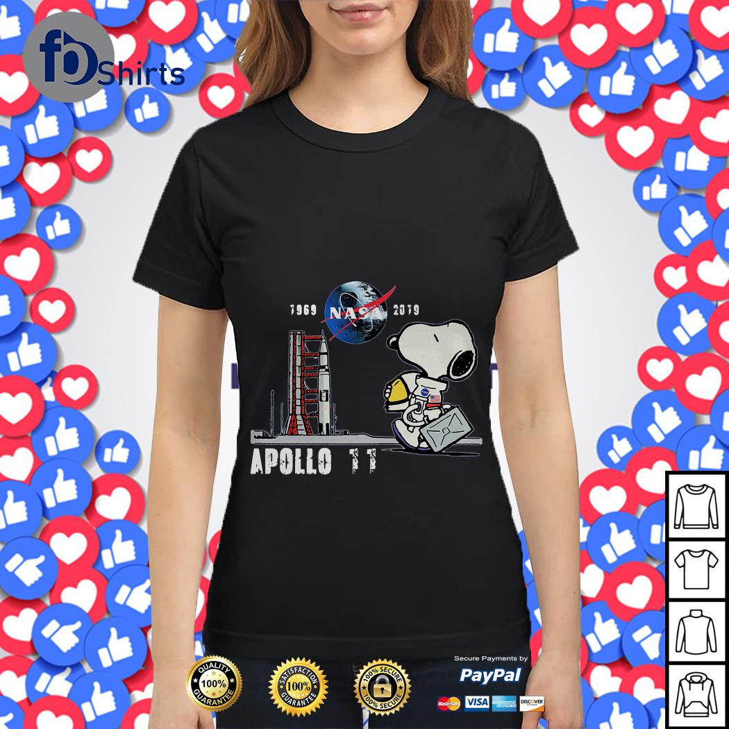 1969 nasa 2019 Apollo 11 Snoopy Dog Ladies tee
